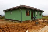Druhý dokončený dům ve Stěžírkách u Hradce Králové