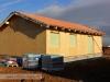 práce na střeše dřevostavby, fólie, latě (Hradec Králové, Stěžírky)