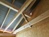 pohled do prostoru střechy v jednom z pokojů (výstavba dřevostavby na klíč - Hradec Králové, Stěžírky)
